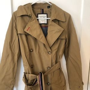 Tommy Hilfiger Women's Trench coat size S